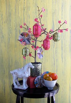 The Decorated Tree (of Life): chinese lunar new year – Home Decoration Asian Party Decorations, Chinese New Year Decorations, New Years Decorations, Handmade Decorations, Christmas Decorations, Chinese New Year Flower, Chinese Theme, Chinese New Year Crafts, Happy Chinese New Year