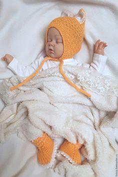 Купить Шапочка + пинетки Лисенок - оранжевый, для новорожденных, вязаная шапочка, на выписку девочке