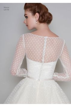 Most current Pictures Loulou Bridal MAISIE Tea Length Vintage Polka Dot Short Wedding Dress Long Sleeve Popular Beautiful Wedding Dresses ! The present wedding dresses 2019 contains a dozen various dresses in the Wedding Dress Empire, Wedding Dress Sleeves, Long Wedding Dresses, Wedding Dress Styles, Wedding Gowns, 1950 Wedding Dress, Polka Dot Wedding Dress, Wedding Vintage, Trendy Wedding