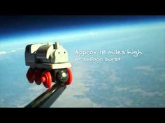 Superficção: Brinquedos que foram ao espaço