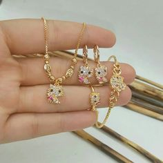 #accessories #jewelrydesign #jewellerylover #beautiful #bracelet #style #necklace #fancyjewelry #instajewelry #finejewelry #Jewelry #fashion #gems #jewellery #SALE #jewels #toptags #jewel Gold Jewelry Simple, Stylish Jewelry, Fashion Jewelry, Jewelery, Gold Jewellery, Jewellery Sale, Kids Jewelry, Baby Jewelry, Gold Chain Design