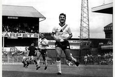 The legend that is Bobby Davison scored a Derby County hat-trick against Reading in 1986
