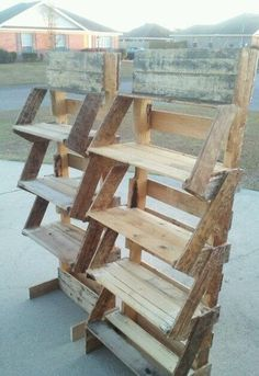 Standing Shelves Made From Pallets --- #pallets