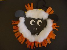 March craft. Two paper plates, one as a lion, one as a lamb, attach back to back and hang