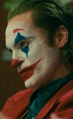 Der Joker, Joker Art, Joaquin Phoenix, Personnage Dc Comics, Funny Faces Images, Joker Phoenix, Joker Film, Art Psychology, Joker Poster
