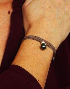 Bracelet-collier Clochette avec une perle Tahiti ronde et argent