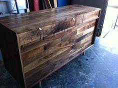 sideboard/bar/wine rack Walnut Sideboard, Credenza, Walnut Furniture, Mid-century Modern, Modern Living, Wine Rack, Woodworking, Room Decor, Dining Room