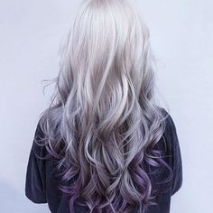 Spring is just around the corner, so don't you think it's time for a hair color change? The wealth of options is endless. This season, purple balayage is in Purple Balayage, Ombre Highlights, Hair Color Purple, Hair Colors, Purple Ombre, Purple Grey, Silver Purple Hair, Grey Ombre, Teal Orange
