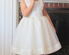 The Gracie Dress: Handmade flower girl dress tulle dress Birthday Girl Dress, Communion Dresses, Bridesmaid Dresses, Wedding Dresses, Handmade Flowers, Tulle Dress, Fitted Bodice, Special Occasion Dresses, Wedding Colors