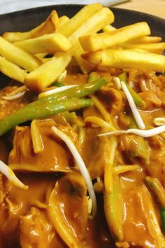 Caribbean Recipes, Goulash, Thai Red Curry, Barbecue, Slow Cooker, Nom Nom, Spices, Food And Drink, Menu