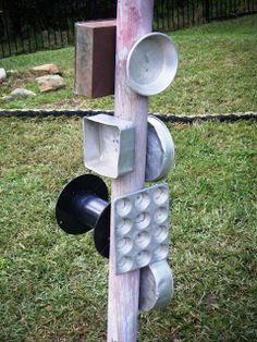 Outdoor Backyard Ideas: They call it a banging wall. I see a music tree. Would need to add a few different elements to it though. and off limits on Sundays! Serious joy for young kids though. Music Tree, Outdoor Play Spaces, Sensory Garden, Outdoor Playground, Playground Ideas, Outdoor Classroom, Reggio Classroom, Music Wall, Outdoor Learning