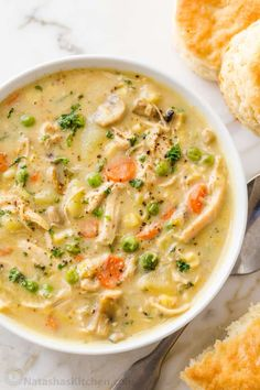 Chicken Pot Pie Soup is creamy, hearty, and delicious. This soup has all the comforts of Chicken Pot Pie without having to make a crust. Chicken Pot Pie Soup Recipe, Best Chicken Pot Pie, Chicken Recipes, Chicken Soups, Easy Soup Recipes, Salad Recipes, Ww Recipes, Oven Roasted Chicken, Cooked Chicken