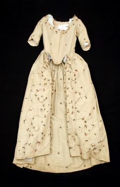 Open robe polonaise    National Trust Inventory Number 1348724  Category	Costume  Date	1770  Materials	Cotton, Linen, Silk damask