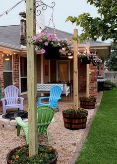 40 Finest Diy Backyard Ideas on a Budget Page 7 of 42 2019 40 Finest Diy Back … - Diy Garden Projects Backyard Patio Designs, Small Backyard Landscaping, Diy Patio, Sloped Backyard, Backyard Seating, Simple Backyard Ideas, Mulch Landscaping, Fire Pit Yard Designs, Lights For Backyard