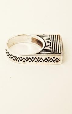 Alushia Sanchia Killa Ring