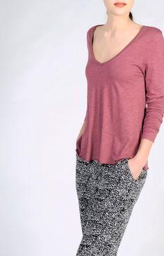 A-shape supple slubby T-shirt with V neck