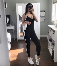 "Fashion Nova""Moving On Up Jumpsuit"""