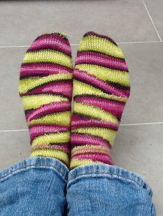 Ravelry: galician's Cupcake socks