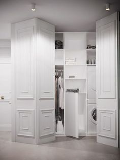 Closet doors are vital, yet commonly ignored when it pertains to room decor. Develop a makeover for your area with these closet door ideas. It is essential to create special closet door ideas to beautify your house decor. Door Design, House Design, Hidden Closet, Closet Doors, Built Ins, Kitchen Design, Bedroom Decor, New Homes, Interior Design