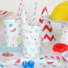 Vasos de papel con corazoncitos mint -  8 ud #party #decoration