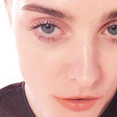 #makeup #mac ブロウティント(フリング) #helena フェリンブラック #dior スキンフォーエバーコンシーラー #rmk イレジスティブルグローリップス04 Dior, Eyes, Makeup, Rings, How To Make, Jewelry, Make Up, Jewlery, Dior Couture