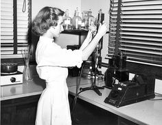 Another unknown hero! Martha Beck, Medical Technologist, Laboratory, shown at Piedmont Hospital on Capitol Avenue, 1953 Medical Careers, Medical Coding, Medical Humor, Medical Technology, Technology Articles, Medical Science, Energy Technology, Technology Gadgets, Medical Lab Technician
