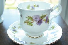 Royal Standard vintage teacup with saucer with a door HomiArticles