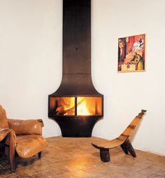 CF + D Seculofocus - Efficient Stand Alone Corner Fireplace Design Corner Fireplace Mantels, Corner Fireplace Tv Stand, Fireplace Accent Walls, Wall Mounted Fireplace, Custom Fireplace, Cozy Fireplace, Fireplace Inserts, Fireplace Design, Fireplace Ideas