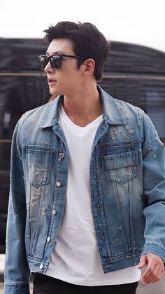 [Event] Ji Chang Wook heads to China for Nanjing concert Ji Chang Wook Smile, Ji Chang Wook Healer, Ji Chan Wook, Asian Actors, Korean Actors, Ji Chang Wook Photoshoot, Beautiful Men, Beautiful People, Empress Ki