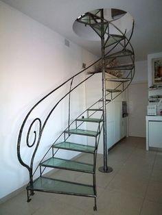 Risultati immagini per balaustre in ferro battuto per scale interne