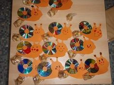 Schleeck Old Cds, Diy Crafts, Kids, Animals, Crafts, Infant Crafts, Deserts, Snail, Recycling