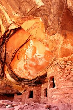 Fallen Roof | Flickr - Chung Hu, House of Fire Monument Valley