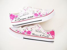 Personalized shoes / Pink flowers shoes / Wedding painted shoes / Wedding theme / Bride shoes - by Matita's Art Bride Sneakers, Bride Shoes, Converse Shoes, On Shoes, Wedding Shoes, Painted Converse, Baskets, Pictures Of Shoes, Flower Shoes
