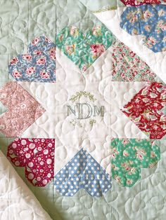 Nesting Birds quilt by Nicola Dodd for issue 48 of Today's Quilter. Star Quilts, Scrappy Quilts, Baby Quilts, Quilting Projects, Quilting Designs, Sewing Projects, Quilt Block Patterns, Quilt Blocks, Todays Quilter