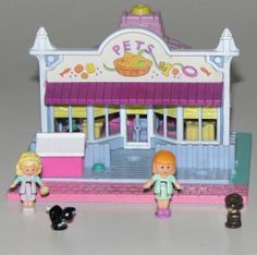 Polly Pocket -1993 Pet Shop aka Polly's Pet Shop Playset - Tiny World or Pollyville