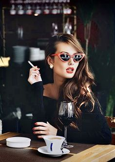 summer clothes for women - Shorts / Clothing: Clothing, Shoes & Jewelry Women Smoking Cigarettes, Coffee And Cigarettes, Smoking Ladies, Girl Smoking, Coffee Music, Coffee Girl, Summer Outfits Women, Winter Fashion Outfits, Chic Outfits