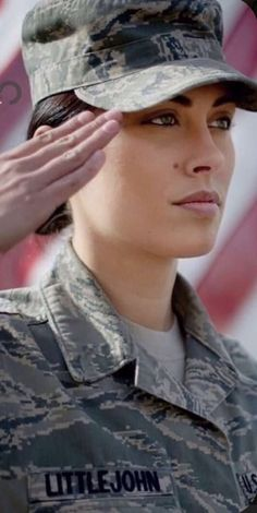 Military Careers, Military Veterans, Joining The Military, Hero World, Female Soldier, Military Girl, Military Women, Girls Uniforms, Army Girls