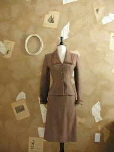 Vintage 1960-70s Lilli Ann Who's That Lady Suit.