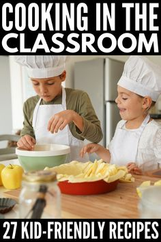 Cooking in the classroom has never been easier - or more delicious - than with this collection of 27 cooking activities for kids! Cooking in the Classroom: 27 Cooking Activities for Kids - Cooking in the Classroom Recipes Kids Can Make, Easy Meals For Kids, Fun Easy Recipes, Recipes For Beginners, Kids Meals, Kid Recipes, Recipes Dinner, Baking With Kids Easy, Simple Recipes For Kids