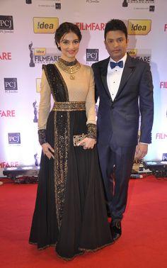 Divya Khosla Black Anarkali At Filmfare Awards Stylish Dress Designs, Stylish Dresses, Fashion Dresses, Classic Dresses, Sari Dress, Anarkali Dress, Black Anarkali, Long Anarkali, Anarkali Gown