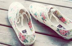 Floral summer shoes