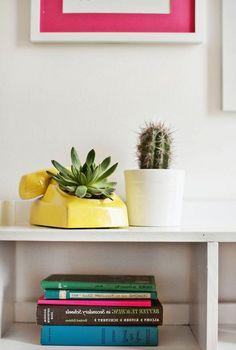 DIY Indoor Outdoor Succulent Garden Ideas Projects #diy #diyoutdoor #diyoutdoorideas Indoor Outdoor, Succulents Garden, Diys, Planter Pots, Diy Crafts, My Favorite Things, Bedroom, Room, Bricolage