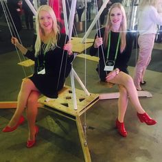 Yihaa! #Business #sisters & Nordic Business Forum! #NBForum2017 #finland #helsinki #conference #swing #black #red with @e__lina #sales #marketing #nutideas