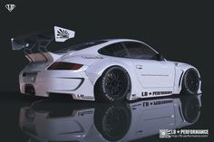 http://www.libertywalk.co.jp/page.php?id=99