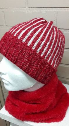 Beanie Hats, Mittens, Lace Shorts, Cowl, Tatting, Knitted Hats, Knit Crochet, Pattern, Handmade