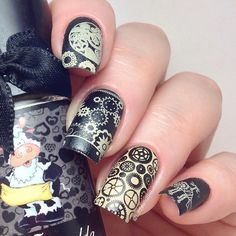 """""""Time to break out the cogs! I've used @esmaltesdakelly Muuualda here, for all the stamping but also as a base colour on my ring finger. Look how well it…"""""""