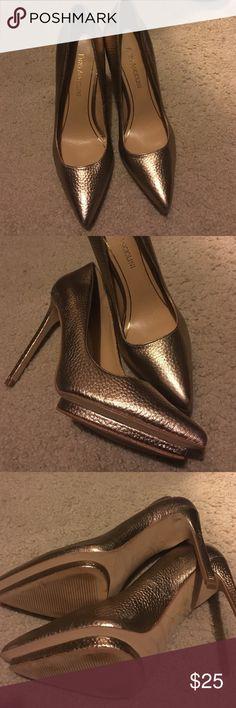 FLASH SALE! Enzo Angiolini Platform heels 6 1/2 Go glam in these gorgeous designer heels! Size 6 1/2 Enzo Angiolini Shoes Heels