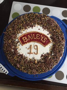 Bailey& - pie with mascarpone Baileys Torte, Bakery, Cheesecake, Brunch, Food And Drink, Pudding, Pie, Yummy Food, Sweets