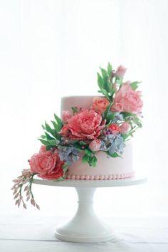Sugar Flower Cake - Cake by Alex Narramore (The Mischief Maker)
