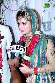 Bollywood actress Dia Mirza gets married!  | Indian celebrity weddings